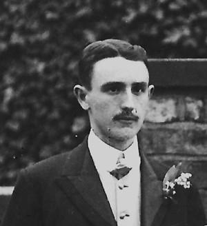 Robert William Kilner (known as Roy) was born on ... - wpf69ead84_05_06